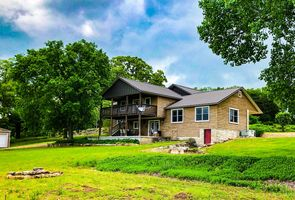 Photo for 5BR House Vacation Rental in Berryville, Arkansas