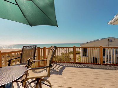Photo for Waterfront home with furnished deck and Gulf views  - walk right onto the beach
