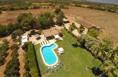 Photo for Finca for 16 with pool and ping pong, between Campos and Felanitx, Mallorca