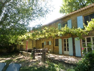 Photo for Newly renovated country house in the Chateauneuf-du-Pape wine region