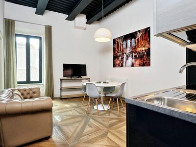 Photo for Del Basilico 2B apartment in Via Veneto with WiFi, integrated air conditioning & lift.