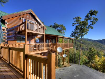 Photo for 3 Bedroom Smoky Mountain Cabin with Views