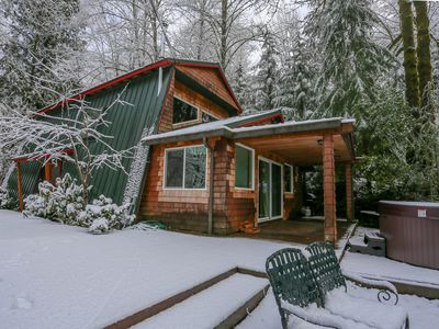 Photo for Charming, dog-friendly, Mt. Hood cabin with firepit and hot tub!