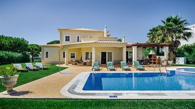 Photo for Vilamoura Villa, Sleeps 8 with Pool, Air Con and WiFi