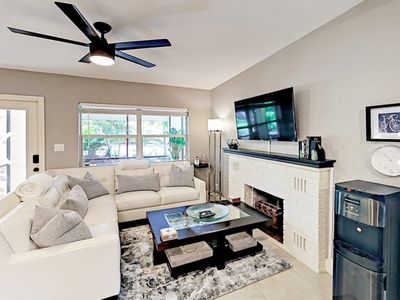 Photo for Unique Vibe* Private, Clean & Close To Beach & Airport
