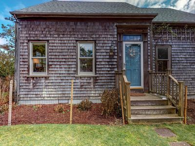 Photo for NEW LISTING! Bright and spacious house - short walk from the beach!
