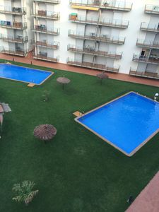Photo for Holiday apartment, Sta Margarida (Roses), 4/5 px, beach 800m, 3 pools