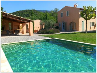 Photo for Family house with garden and pool in the south of the Luberon Cucuron