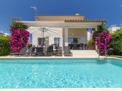 Photo for Modern villa for 8 people, close to Playa Barcares with private pool