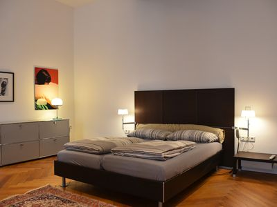 Photo for Spacious and luxurious Apartment near Kurfürstendamm