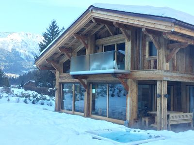Photo for Luxury 6 bedroom chalet with hot tub & sauna in central Les Houches w bars/shops