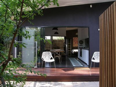 Photo for Studio Five Your ApARTment in Alice Springs