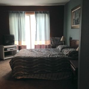Photo for Beautiful 3 Bedroom Condo Located 2.5 Blocks From The Beach And Bay
