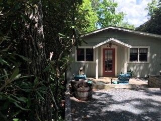 Photo for Unwind at this Adorable Cottage! Golf, Pool, Lake with Beach!