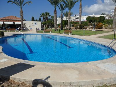 Perfectly located Townhouse in the heart of Coral Bay, pool and sea views