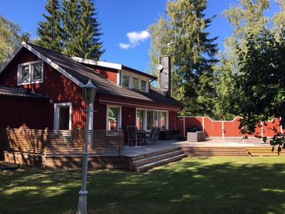 Photo for Archipelago villa with swimming pool, 45 minutes from Stockholm city