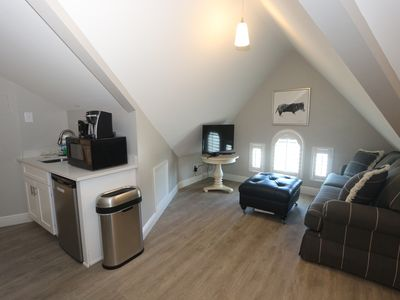 Photo for Home Style Studio Accommodation with Queen Bed, Just a Short Walk to the Beach!