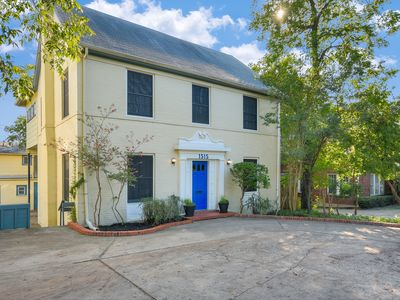 Photo for Spacious Historic Clarksville Home
