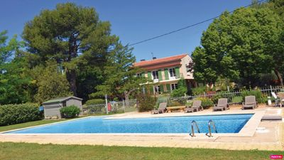 Photo for Tree Provencal house with large fenced pool