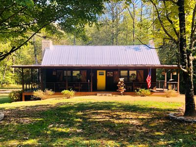 Cozy Cabin with Hottub near Lake James, Linville Gorge and the Fonta Flora Trail
