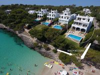 Perfect family holiday location on Cala Gran in Cala D'or