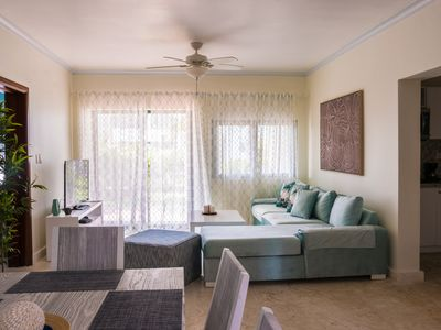 Photo for Beautiful 2 bedroom 2 bath in a beachfront community