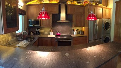 Beautiful brand new very high end kitchen.