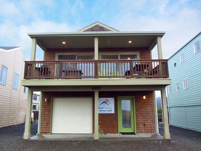 """Photo for """"Beach Harmony"""" In Moclips-Pet Friendly And Just Steps From The Quiet Beach."""