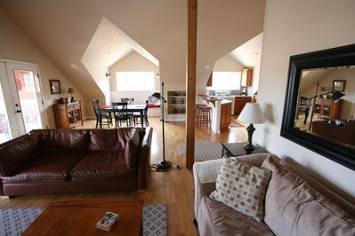 Large Great Room - home is 1500 sq. feet