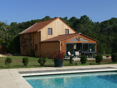 Photo for Beautifully renovated Tobacco Barn with WIFI and pool near Domme and Sarlat