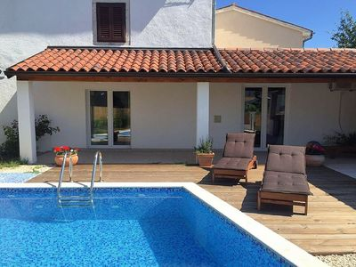 Photo for Comfortable house in a rural area with pool for 8 people