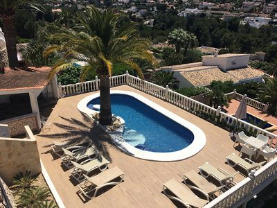 Photo for Villa with pool and sea view