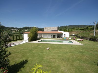 Photo for 6 bedroom Villa, sleeps 12 in Ponte de Lima with Pool and WiFi