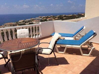Photo for 1 bed apartment with quiet pool and stunning views