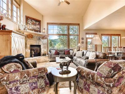 Perfect townhome for large families or groups with shared pool/hot tubs