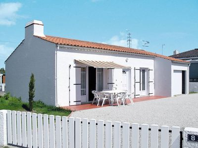 Photo for Vacation home Le Maupas  in La Tranche - sur - Mer, Vendee - 4 persons, 2 bedrooms