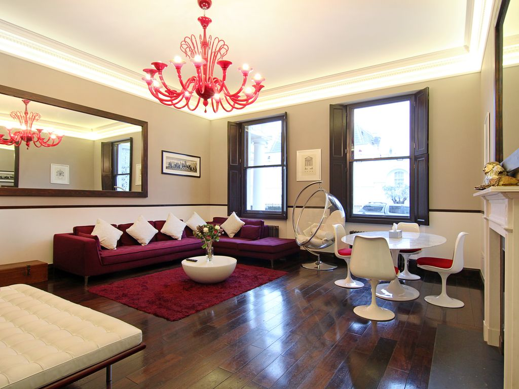 Belgravia Apartment Rental   The Very Spacious, Bright Lounge And Dining  Area