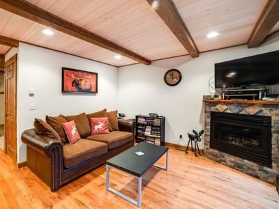 Photo for Vacation home 50MBR-Upscale Cabin With Hot Tub! in Mount Baker/Glacier - 8 persons, 3 bedrooms