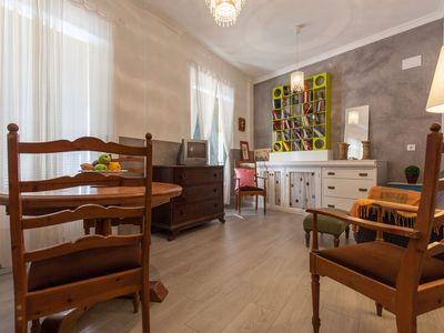 Photo for Beautiful house 4 floors, 10 people, new reform