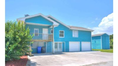 Photo for Large 2nd Row, 4BR/4BA, Ocean View Home-2 Family Rooms-Double Car Garage-Sleeps8