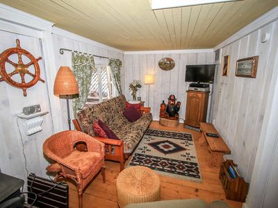 Photo for Pines 23 Cozy 1 BR Central Cabin/Walk To Lake/BBQ