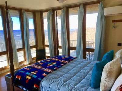 Never leave bed. Views of the valley and mountains. Have breakfast in bed