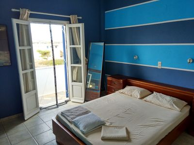 Photo for Beautiful & comfortable apartment – Paros Island