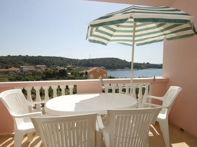 Photo for One bedroom apartment with terrace and sea view Cove Soline bay - Soline (Dugi otok)