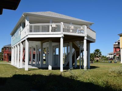 Photo for Centrally located in Crystal Beach with awesome views - Chateau Des Fontenot