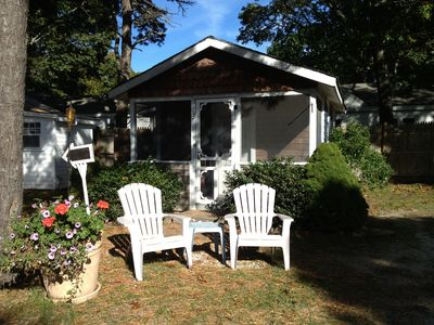 Cabin3.  Queen bed, porch, bathroom, kitchenette, ac, café table+chairs.