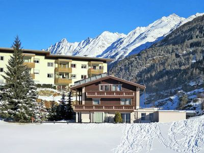 Photo for Apartment Haus Tauferer  in Sölden, Oetz Valley / Ötztal - 12 persons, 5 bedrooms