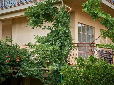 Photo for Four bedroom apartment with balcony and sea view Vinišće, Trogir (A-18225-b)