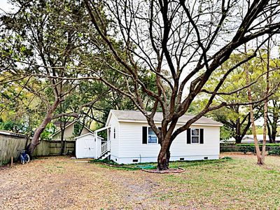 Exterior - This charming cottage has access to a shared yard.