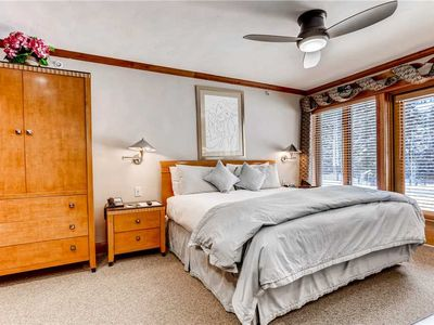 Photo for Ski-in/Ski-out Luxury Vail Hotel Room. King Bed, Sleeps 2, Hot Tub, Pool